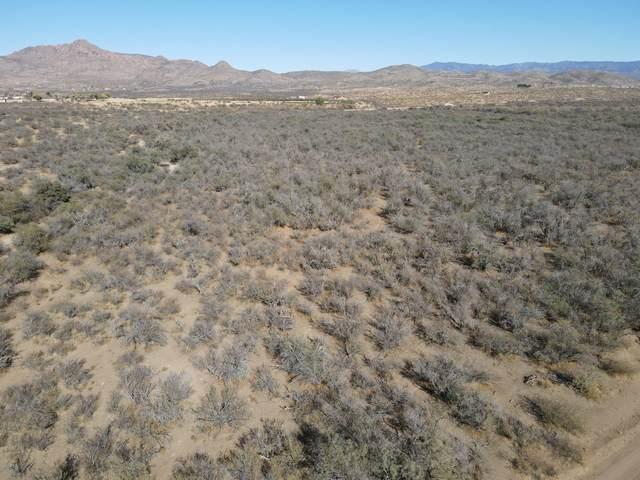 211B Ruger Ranch Phase 3 Unit 2, Kirkland, AZ 86332 (MLS #6165958) :: The Helping Hands Team