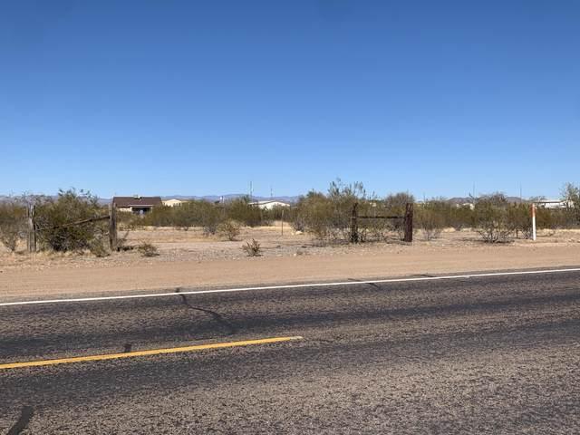 25038 N 195TH Avenue, Wittmann, AZ 85361 (MLS #6167455) :: Homehelper Consultants