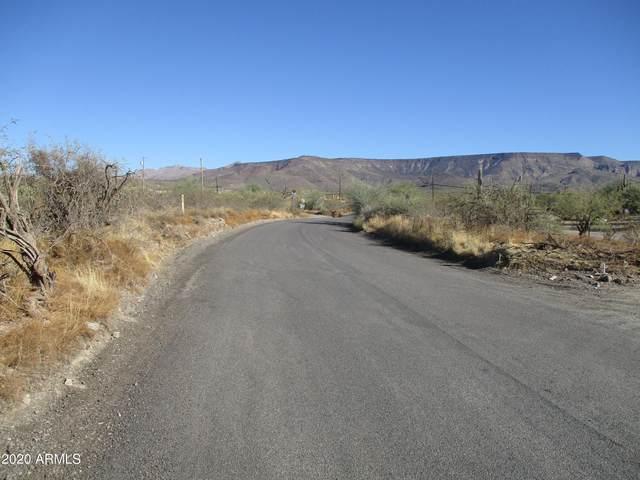29 acres N Fig Springs Road, New River, AZ 85087 (MLS #6169380) :: Yost Realty Group at RE/MAX Casa Grande
