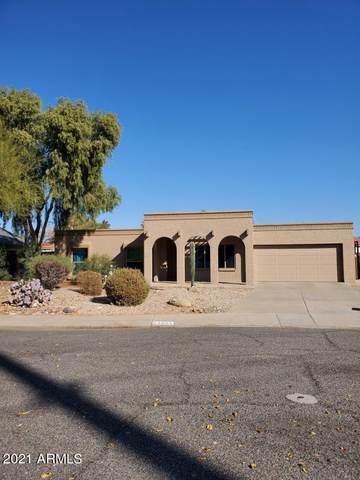 4654 E La Puente Avenue, Phoenix, AZ 85044 (#6179432) :: Luxury Group - Realty Executives Arizona Properties