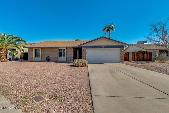 1751 S Hall, Mesa, AZ 85204 (MLS #6181108) :: Conway Real Estate