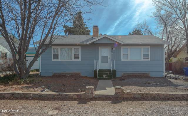 1137 Overstreet Drive, Prescott, AZ 86303 (MLS #6181534) :: Yost Realty Group at RE/MAX Casa Grande