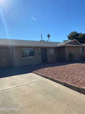 8201 W Clarendon Avenue, Phoenix, AZ 85033 (MLS #6182036) :: The Laughton Team