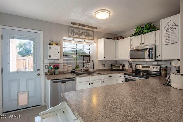 4901 E Kelton Lane #1204, Scottsdale, AZ 85254 (MLS #6182211) :: Sheli Stoddart Team | M.A.Z. Realty Professionals
