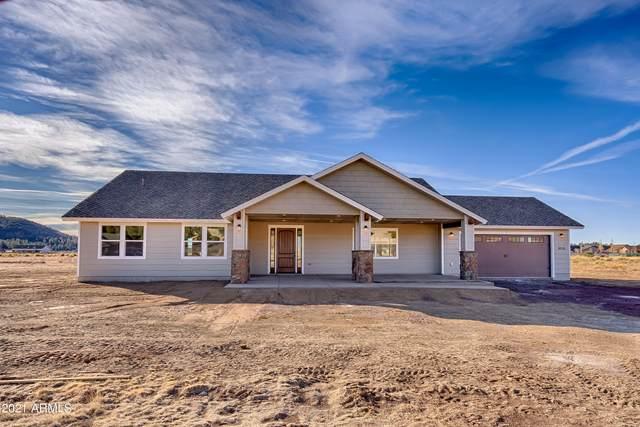 9016 Richfield Drive, Flagstaff, AZ 86004 (MLS #6182523) :: The Laughton Team