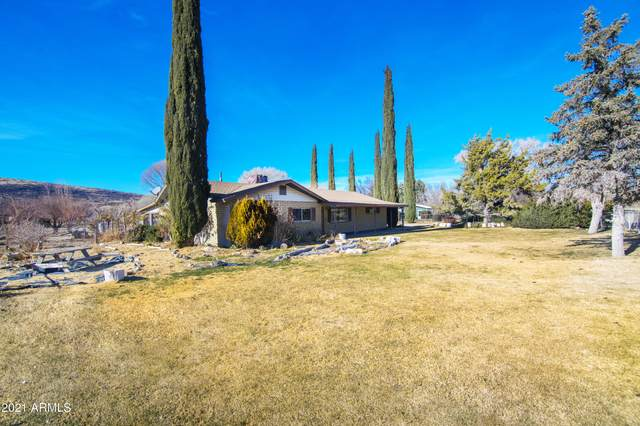 3180 S Iron Springs Road, Skull Valley, AZ 86338 (MLS #6182773) :: John Hogen | Realty ONE Group
