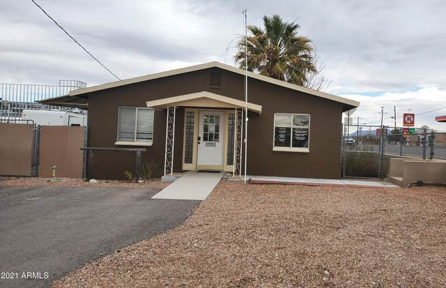 4 W Safford Street, Tombstone, AZ 85638 (MLS #6183037) :: Yost Realty Group at RE/MAX Casa Grande