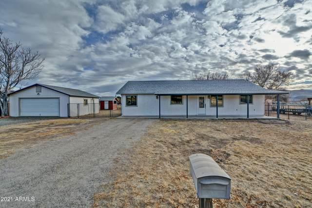 18603 S Jerry Holbrook Road, Peeples Valley, AZ 86332 (MLS #6183238) :: Klaus Team Real Estate Solutions