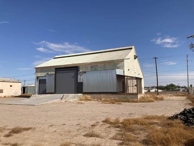 735 W 1ST Street, Casa Grande, AZ 85122 (MLS #6185252) :: Lucido Agency