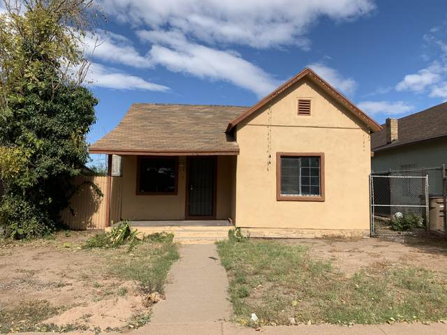 714 E 12th Street, Douglas, AZ 85607 (MLS #6186814) :: Yost Realty Group at RE/MAX Casa Grande