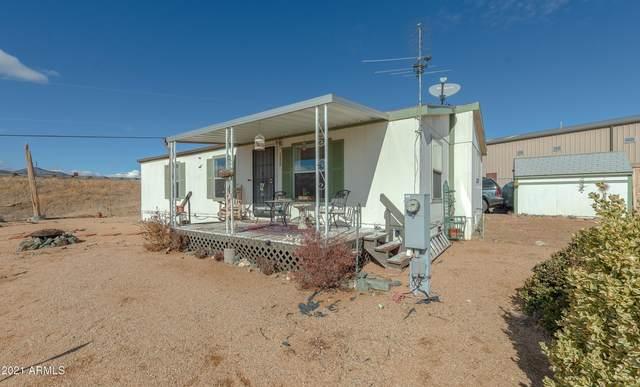 12820 E Mirage Road, Humboldt, AZ 86329 (MLS #6186949) :: Yost Realty Group at RE/MAX Casa Grande