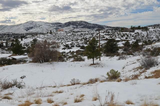 18084 S Peeples Valley Road, Peeples Valley, AZ 86332 (MLS #6187686) :: The Laughton Team