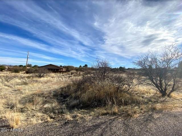 20619 E Mesa Verde Road, Mayer, AZ 86333 (MLS #6191816) :: Yost Realty Group at RE/MAX Casa Grande