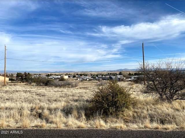 20262 E Ash Creek Road, Mayer, AZ 86333 (MLS #6192271) :: Yost Realty Group at RE/MAX Casa Grande