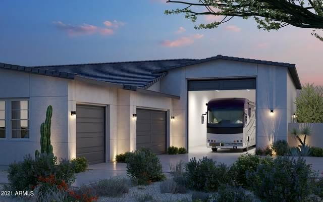 765 N Moon Road, Apache Junction, AZ 85119 (MLS #6193771) :: Yost Realty Group at RE/MAX Casa Grande