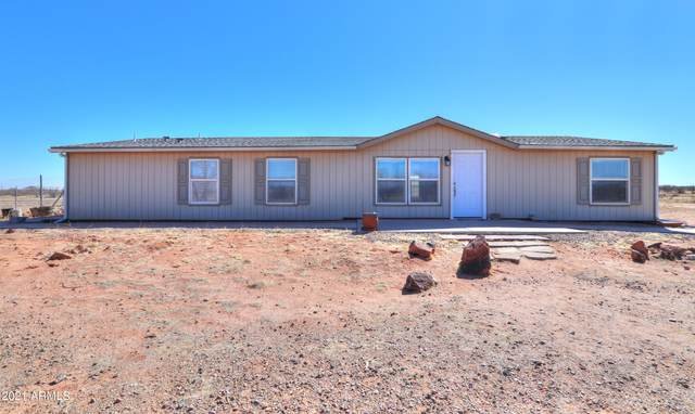 13125 W Zodiac Drive, Eloy, AZ 85131 (MLS #6193784) :: Yost Realty Group at RE/MAX Casa Grande