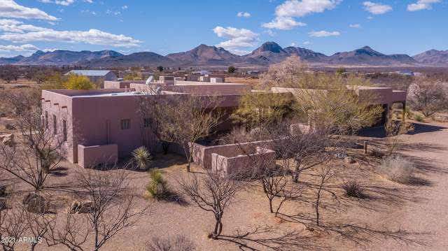 315 W Sunset Road, Huachuca City, AZ 85616 (MLS #6194390) :: Yost Realty Group at RE/MAX Casa Grande