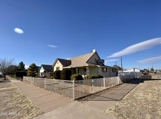 758 E 12TH Street, Douglas, AZ 85607 (MLS #6194770) :: Nate Martinez Team