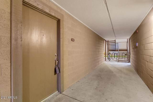 200 E Southern Avenue #126, Tempe, AZ 85282 (MLS #6195492) :: Long Realty West Valley