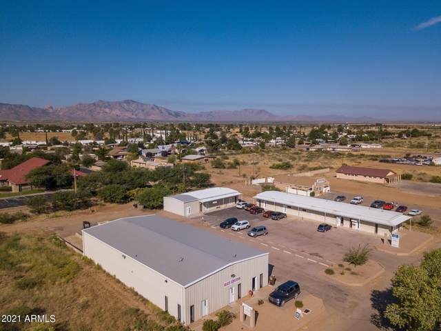 223 N Frontage Road, Pearce, AZ 85625 (MLS #6196774) :: Lucido Agency