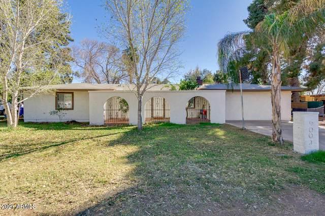 9001 W Lawrence Lane, Tolleson, AZ 85353 (MLS #6196893) :: Yost Realty Group at RE/MAX Casa Grande
