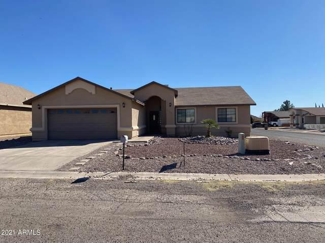 2701 E 8TH Street, Douglas, AZ 85607 (MLS #6198733) :: Yost Realty Group at RE/MAX Casa Grande