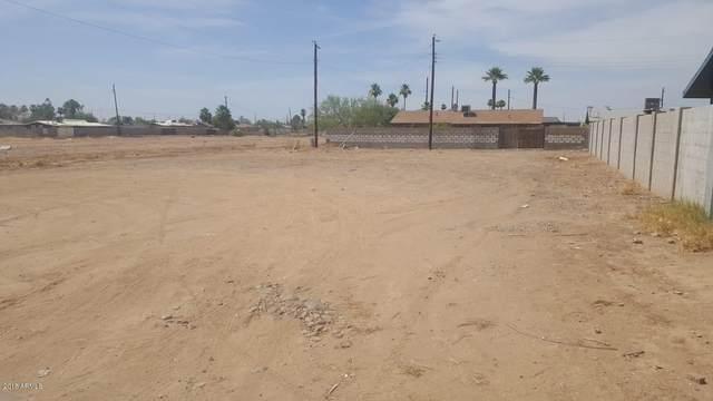 1932 E Carver Drive, Phoenix, AZ 85040 (MLS #6198957) :: Yost Realty Group at RE/MAX Casa Grande