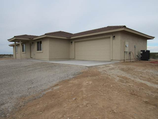1525 S 337TH Avenue, Tonopah, AZ 85354 (MLS #6199372) :: Executive Realty Advisors