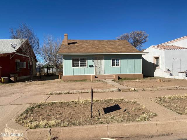 1338 E 12TH Street, Douglas, AZ 85607 (MLS #6199757) :: The Laughton Team