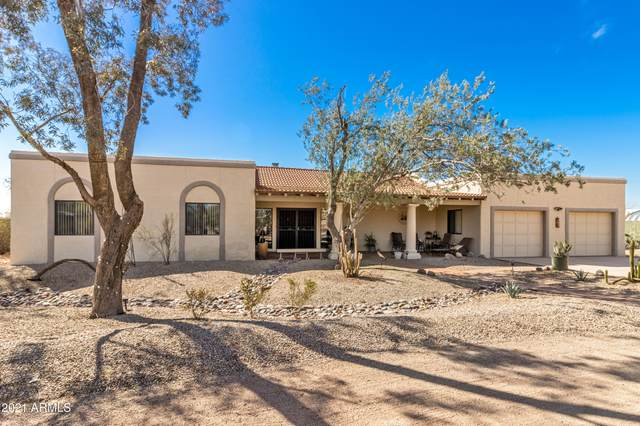 15705 W Hopi Drive, Casa Grande, AZ 85122 (MLS #6200919) :: The Newman Team