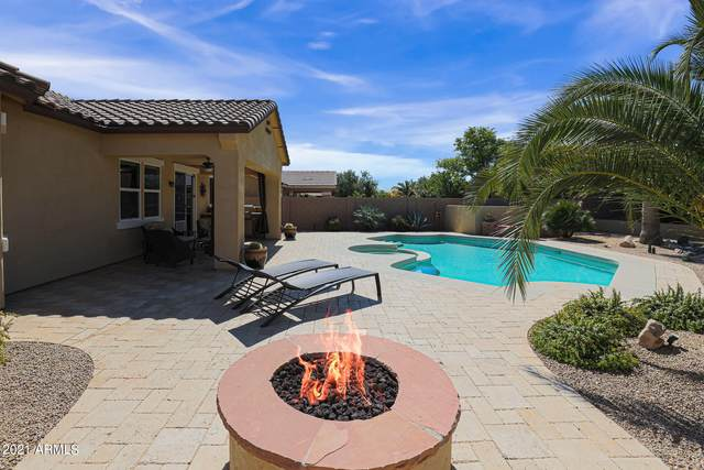 3296 N Park Street, Buckeye, AZ 85396 (MLS #6201236) :: Yost Realty Group at RE/MAX Casa Grande