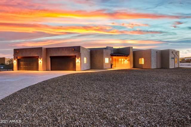 2835 W Creek Canyon Road, Phoenix, AZ 85086 (MLS #6201259) :: Devor Real Estate Associates