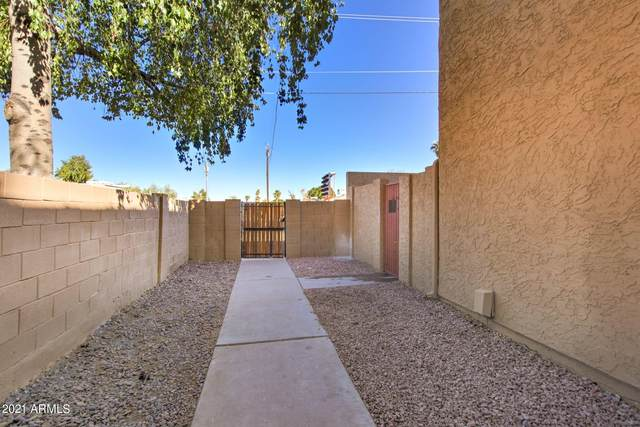 948 S Alma School Road #2, Mesa, AZ 85201 (MLS #6201374) :: The Laughton Team
