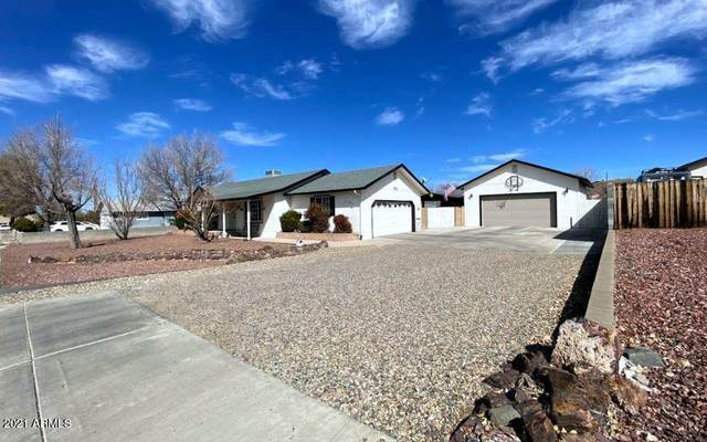 5725 N Mission Lane, Prescott Valley, AZ 86314 (MLS #6201690) :: The AZ Performance PLUS+ Team