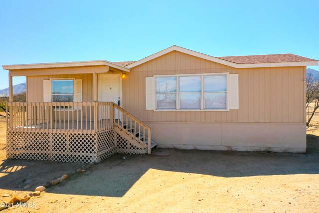 5898 E Calle De La Tierra, Hereford, AZ 85615 (MLS #6201981) :: Long Realty West Valley