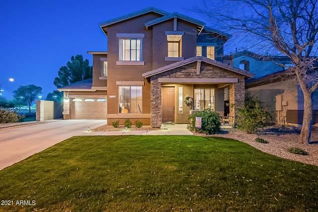 18045 W Rimrock Street, Surprise, AZ 85388 (MLS #6203362) :: The Laughton Team