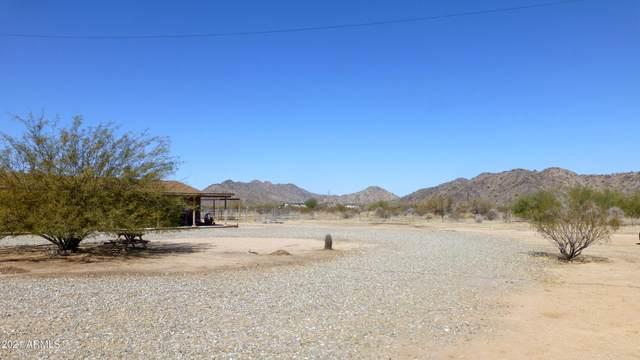 7138 N Escondido Road, Maricopa, AZ 85139 (MLS #6204052) :: Yost Realty Group at RE/MAX Casa Grande