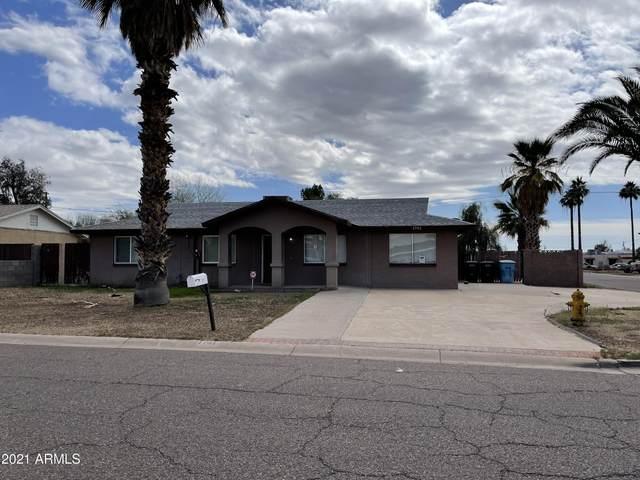 1741 W Oraibi Drive, Phoenix, AZ 85027 (MLS #6206151) :: Yost Realty Group at RE/MAX Casa Grande