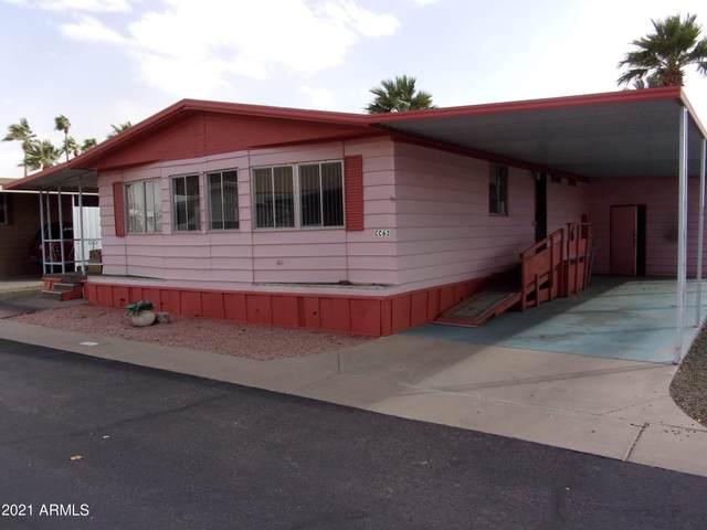 7807 E Main Street Cc-63, Mesa, AZ 85207 (MLS #6206703) :: My Home Group