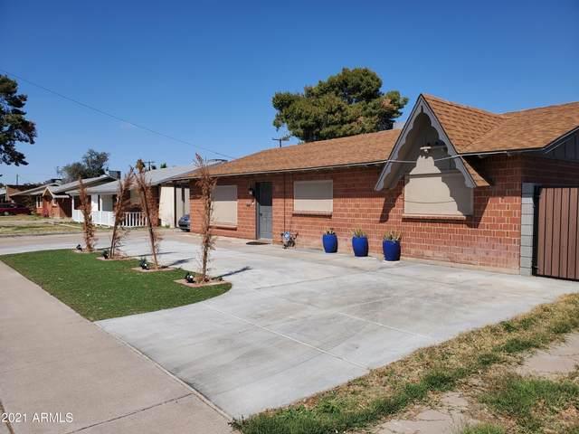 4208 W Tuckey Lane, Phoenix, AZ 85019 (MLS #6207359) :: Yost Realty Group at RE/MAX Casa Grande