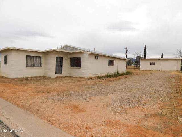 106 N 2ND Street, Sierra Vista, AZ 85635 (MLS #6207685) :: Yost Realty Group at RE/MAX Casa Grande