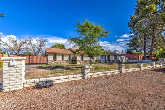 9002 W Lawrence Lane, Tolleson, AZ 85353 (MLS #6208637) :: Executive Realty Advisors