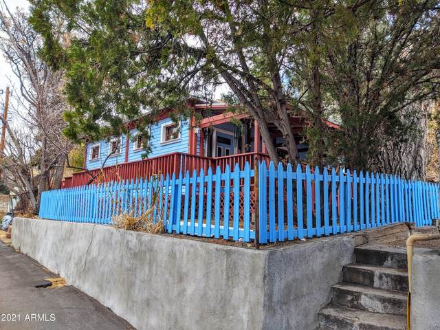 513 Mayor Avenue, Bisbee, AZ 85603 (MLS #6208971) :: Yost Realty Group at RE/MAX Casa Grande