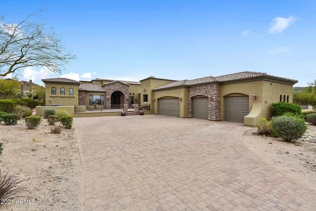 3217 N Piedra Circle, Mesa, AZ 85207 (MLS #6210046) :: Yost Realty Group at RE/MAX Casa Grande
