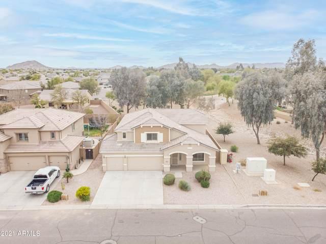 2077 W Quick Draw Way, Queen Creek, AZ 85142 (MLS #6212849) :: Yost Realty Group at RE/MAX Casa Grande