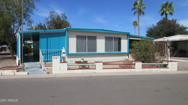 5201 W Camelback Road E97, Phoenix, AZ 85031 (#6214541) :: Luxury Group - Realty Executives Arizona Properties