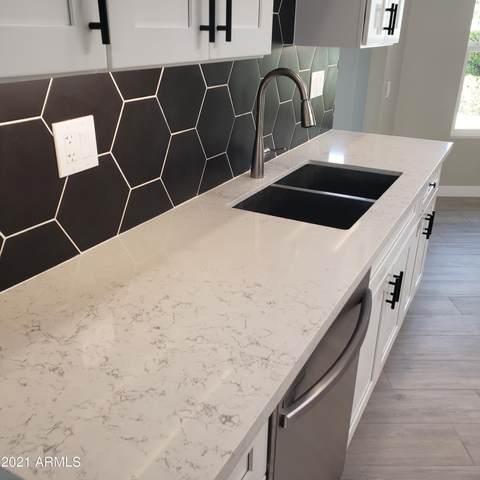 17208 N 107TH Avenue, Sun City, AZ 85373 (MLS #6215089) :: Kepple Real Estate Group