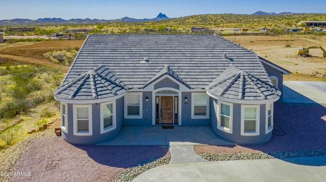 3845 Black Mountain Road, Wickenburg, AZ 85390 (MLS #6215092) :: Howe Realty