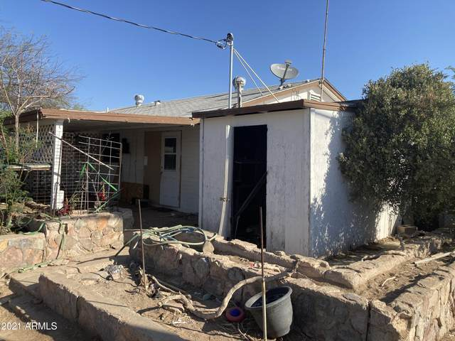 325 W Essex Road, Kearny, AZ 85137 (MLS #6216726) :: Yost Realty Group at RE/MAX Casa Grande