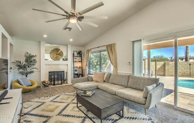 23641 N 39TH Lane, Glendale, AZ 85310 (MLS #6216899) :: Yost Realty Group at RE/MAX Casa Grande